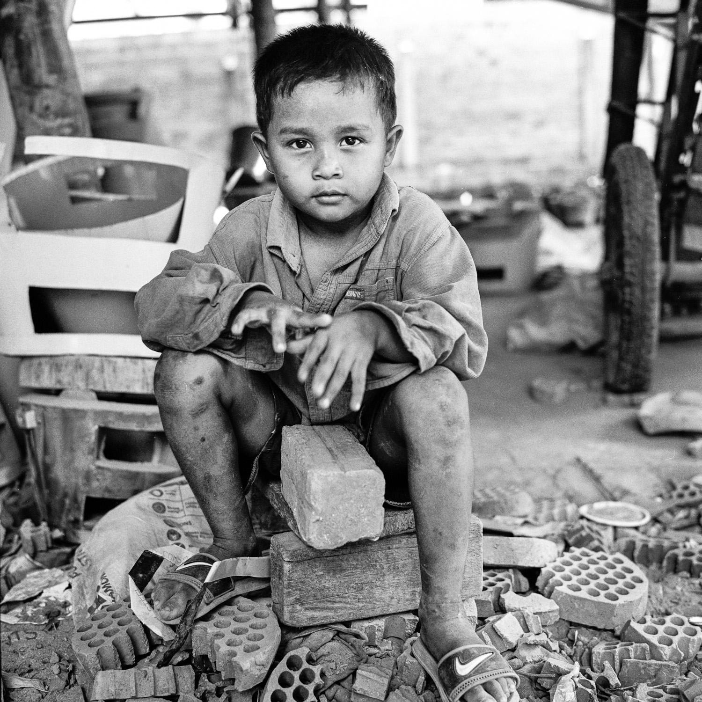 Cambodge le petit potier 8 Battambang : Le petit potier  photos argentique analog