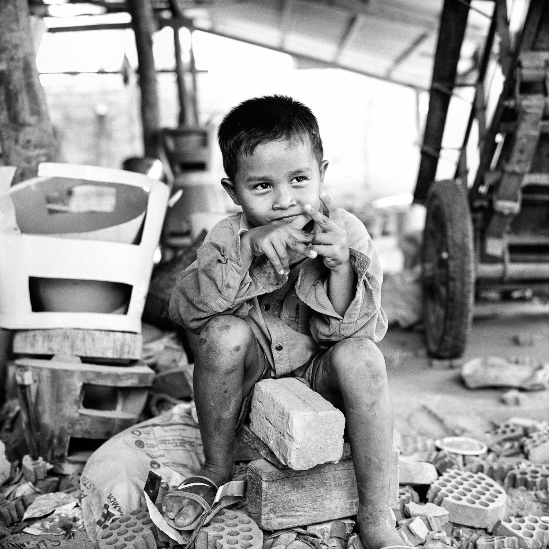 Cambodge le petit potier 9 Battambang : Le petit potier  photos argentique analog